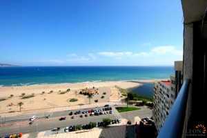 Beautiful and modern seafront apartment in top condition with one bedroom and spectacular sea views for sale in Empuriabrava, Costa Brava, Spain.