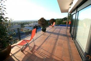 Beautiful modern villa with 4 bedrooms, large covered terrace with swimming pool and fantastic views for sale in Palau-Saverdera, Costa Brava, Spain.
