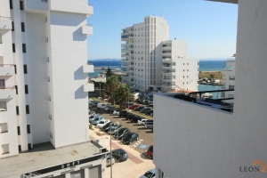 Top floor apartment with 1 bedroom, close to beach and sea views for sale in Santa Margarita, Roses, Costa Brava, Spain.