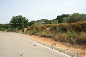 Plot of land with building permission and great views for sale in Palau-Saverdera, Costa Brava, Spain.