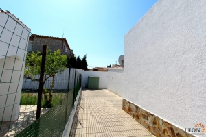 Coquettish house with terrace and garage for sale in Empuriabrava, Costa Brava, Spain