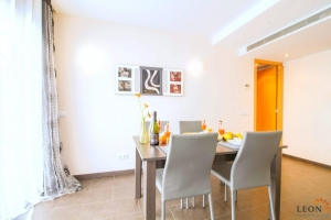 Modern holiday apartment with 2 bedrooms, large terrace with beautiful sea vies and communal swimming pool, Roses, Costa Brava, Spain.