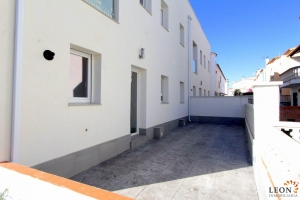 For sale in Empuriabrava, new modern semi-detached house with 3 bedrooms and terrace in an optimal location, Costa Brava, Spain