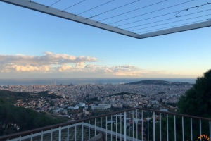 Beautyfull house overlooks Barcelona and is surrounded by a large national park called Collserola.