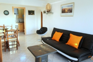 For rent in Empuriabrava beachfront apartment for 4 people with stunning terrace and sea views, Costa Brava, Spain