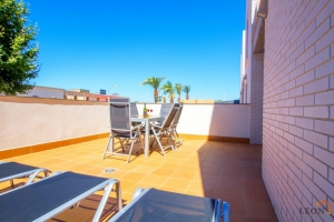 Dream apartment in central location for 6 people with a wonderful terrace for rent in Empuriabrava, Costa Brava, Spain