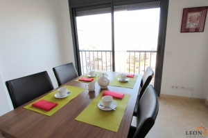 Modern apartment for four people close to the beach in Empuriabrava, Costa Brava, with communal swimming pool for rent.