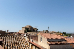 For sale comfortable village house in Peralada with 3 bedrooms, Costa Brava, Spain
