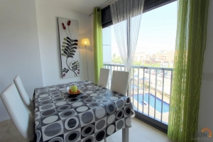 Modern apartment for four people, with communal pool, and very close to the beach in Empuriabrava, Costa Brava,