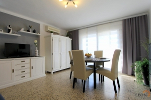 Lovely holiday apartment for 3 people right at the beach in Empuriabrava, on the Costa Brava for rent.